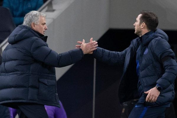 Lampard bất ngờ chỉ ra sự yếu kém của Mourinho