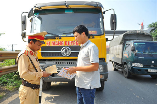 VN police to strengthen checks on fake number plates