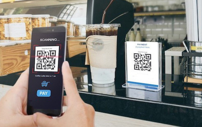 Can a mobile network become an intermediary payment channel?