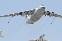 Xem hai chiến cơ Nga 'biểu diễn' nạp xăng giữa trời