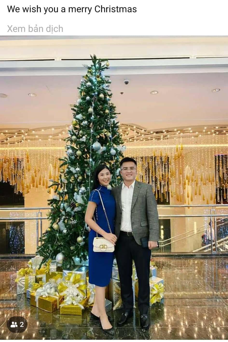 Chồng chưa cưới công khai đăng ảnh đón Giáng sinh cùng Hoa hậu Ngọc Hân