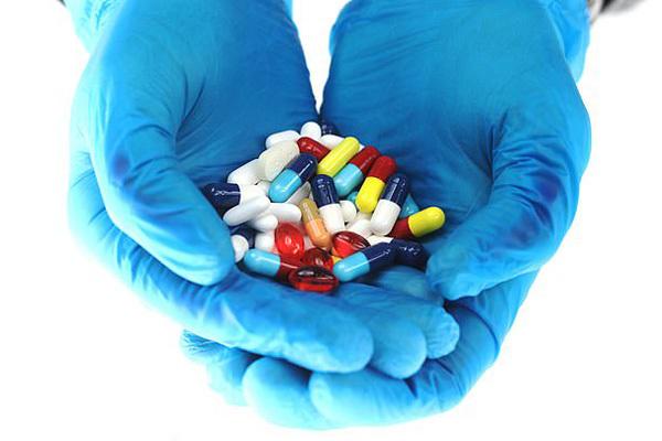Quảng cáo thuốc 'chất lượng cao', 'an toàn', 'giảm tức thì' là trái luật