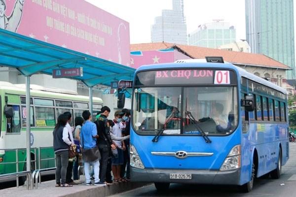 HCM City plans public bidding for bus routes