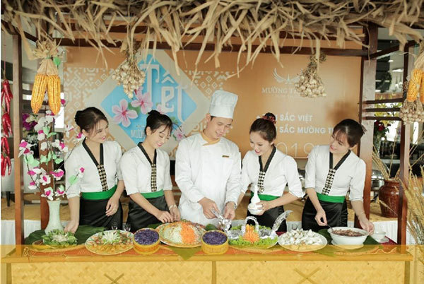 Cooking contest held to honour Vietnamese gastronomy