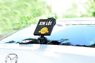 Lan toả sự tử tế trong giao thông, đèn led Emoji Play hút khách