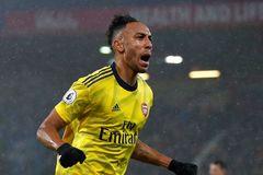 """Arsenal """"hút chết"""" ngày ra mắt tân HLV Mikel Arteta"""