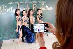 Belly dancing heats up Hanoi