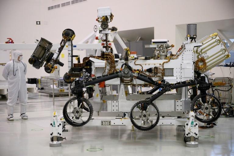 NASA ra mắt xe thám hiểm, sẵn sàng lên sao Hỏa vào tháng 7/2020