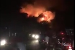 Cháy lớn phim trường ở Sài Gòn suốt 3 giờ