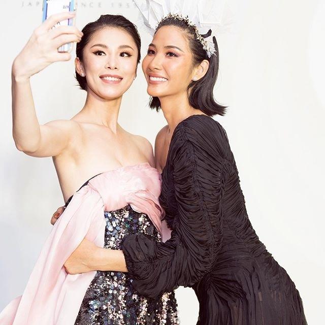 Hòa Minzy 'nấm lùn' bên Hoa hậu Khánh Vân và Á hậu Kim Duyên