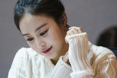 Nhan sắc đỉnh cao của Kim Tae Hee khi sắp trở lại màn ảnh nhỏ