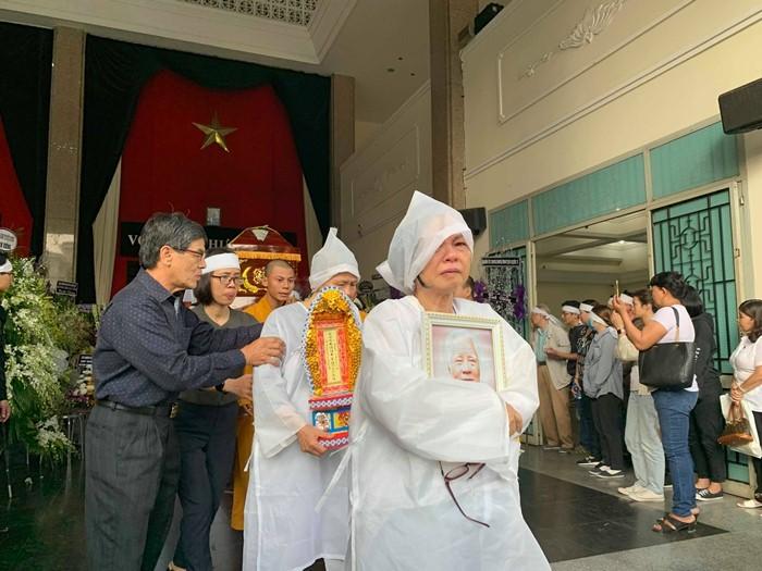 Phát 'Mẹ yêu con' tiễn đưa nhạc sĩ Nguyễn Văn Tý
