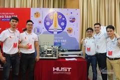Sinh viên chế tạo máy lấy tơ từ sen đầu tiên tại Việt Nam