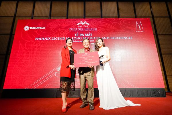 Phoenix Legend dành gần 4 tỷ đồng tri ân khách hàng