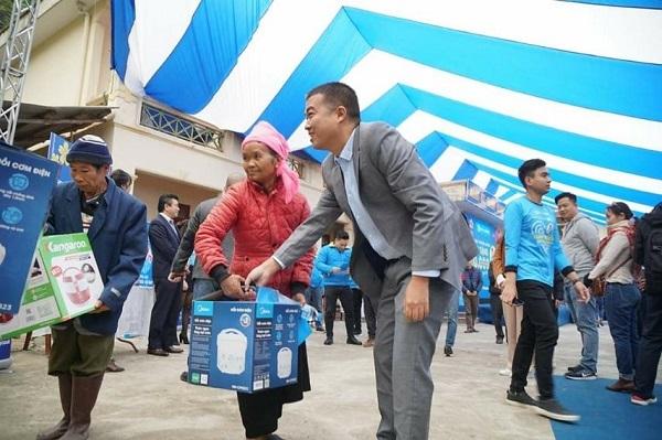Điện máy Xanh mang 'bếp ấm cơm dẻo' đến bà con nghèo cả nước
