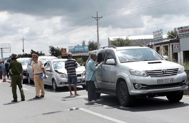 Bài học cho những lái xe không giữ khoảng cách an toàn