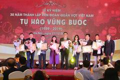 Quần vợt Việt Nam nhận tài trợ 20 tỷ để bay cao