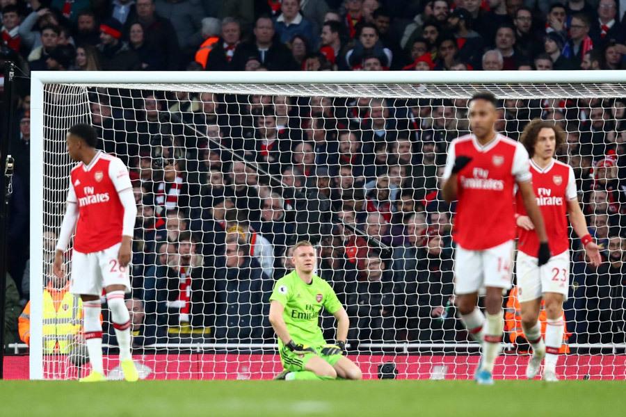 MU đại chiến Arsenal: Đẩy Pháo thủ vào bùn lầy