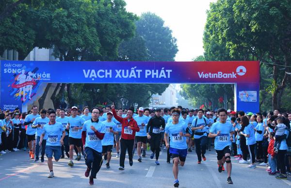 1500 người tham gia giải chạy gây quỹ cho bệnh nhi nghèo