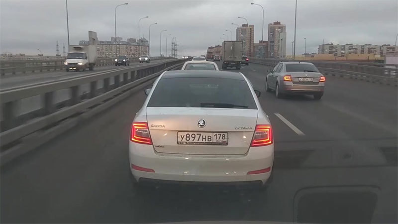 Nga,lựu đạn,tài xế