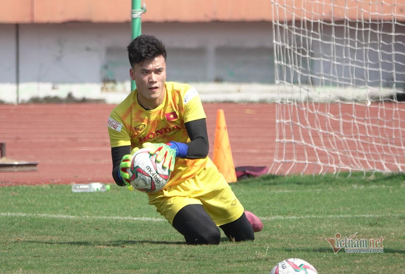 Bùi Tiến Dũng tuyên bố sửa sai, cùng U23 Việt Nam tiến xa