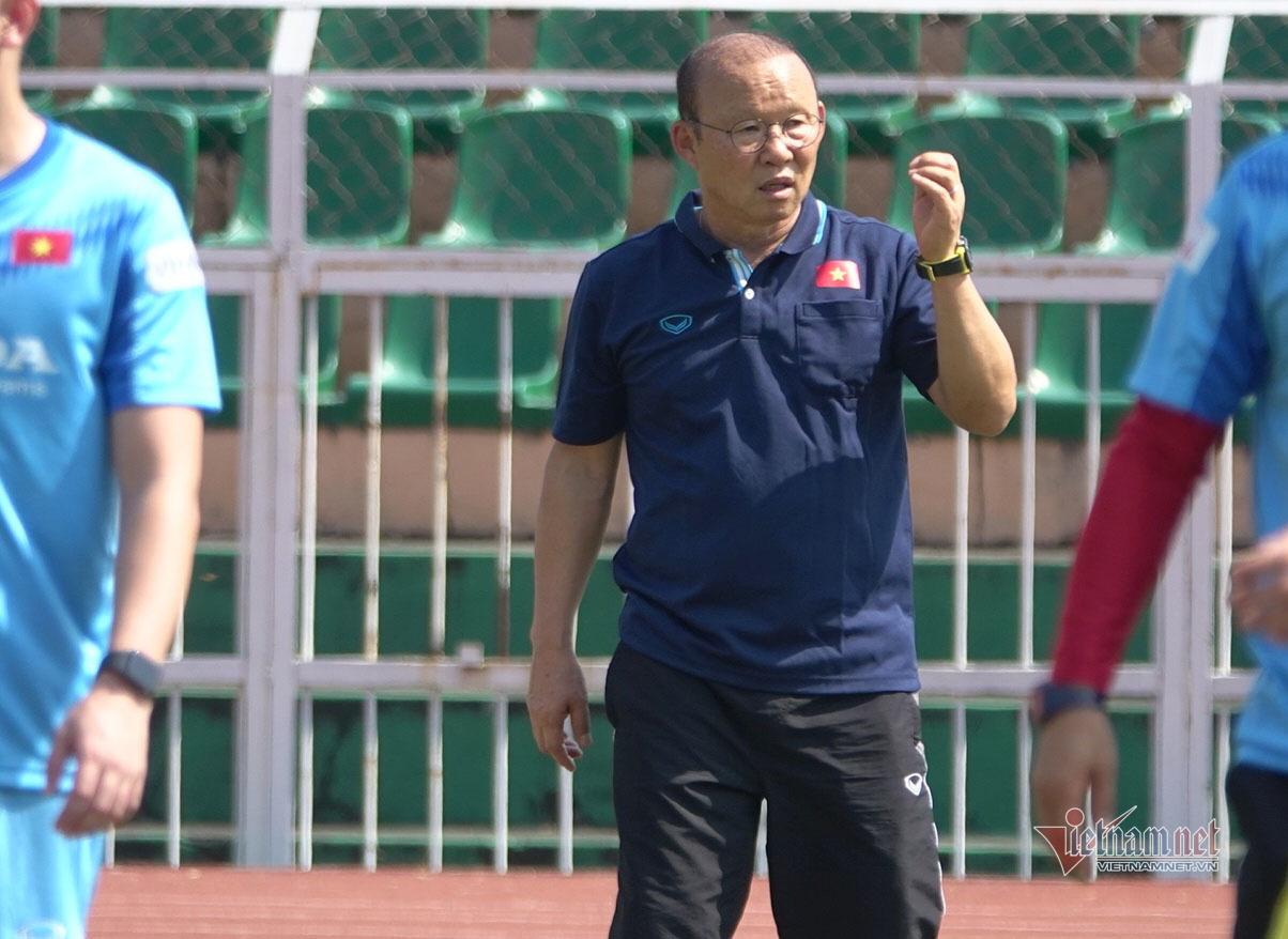 Giữ vàng SEA Games, U22 Việt Nam 'đốt nóng' thầy Park