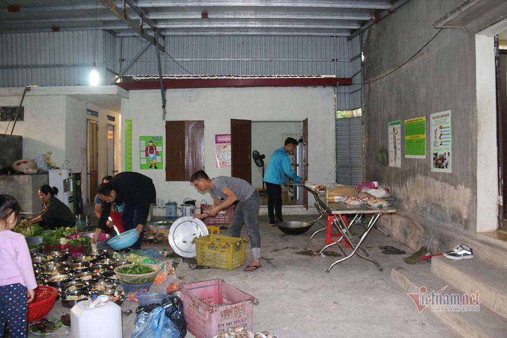 Căn nhà cấp 4 nuôi lớn đam mê bóng đá của thủ môn Văn Toản