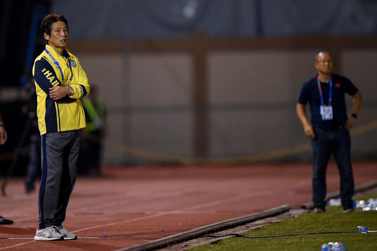 Thái Lan thất bại, HLV Akira Nishino trở thành trò hề