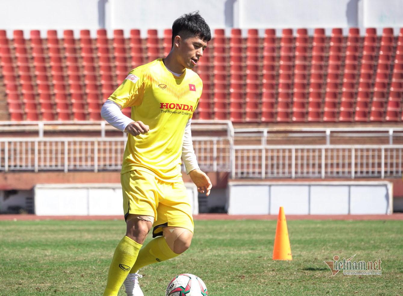 Sao U23 Việt Nam đáp cực gắt 'Messi Thái' sau lời khiêu chiến
