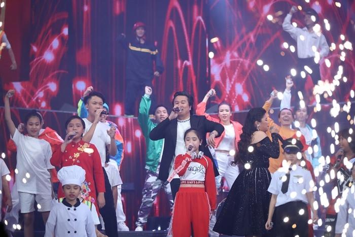 70 nghìn khán giả TP. HCM 'quẩy' cùng Sơn Tùng đón năm mới