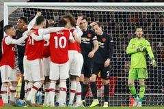 Arsenal trút cơn thịnh nộ, MU thua tan tác