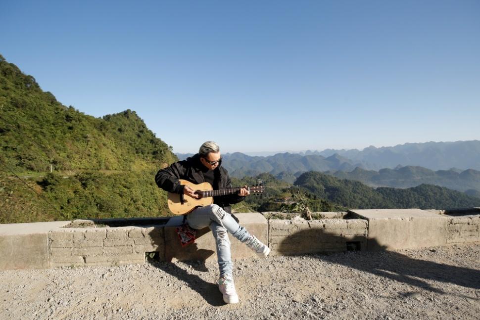 Rapper Việt kiều được MC Lại Văn Sâm thần tượng ra MV