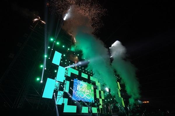 Đại nhạc hội Countdown 2020 rực rỡ sắc màu ở Ecopark