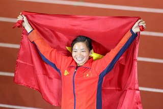 Runner Oanh voted Vietnam's top athlete