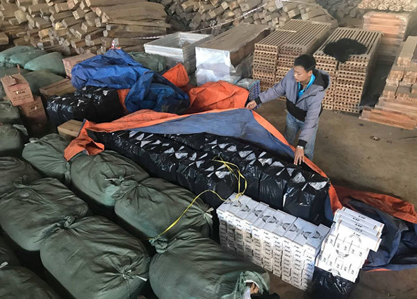 Biggest cigarettes smuggling ring in Gia Lai discovered