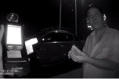 Kỷ lục mới: Tài xế nồng hơi rượu phạt 40 triệu, 2 mùa Tết khỏi lái xe