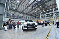 Vietnam's auto market sees price cuts in 2019 as competition heats up