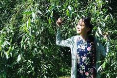 Em gái và mẹ nhảy điệu lò cò gây sốt để tạm biệt Văn Lâm