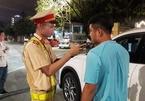 Uống 3 chai bia, tài xế ở Đà Nẵng đi tong cả tháng lương