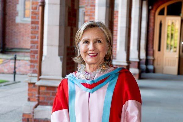 Xôn xao Hillary Clinton được bổ nhiệm hiệu trưởng đại học ở Anh