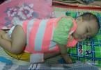 Bé gái 1 tuổi bụng phình to, nức nở khóc oà vì ung thư đau đớn