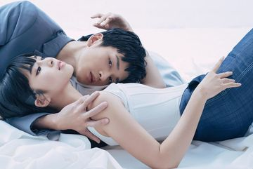 Ngạn và Trà Long chụp ảnh tình tứ sau phim 'Mắt biếc'