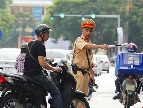 Quy định cứ lái xe có nồng độ cồn là phạt nặng có vượt luật?