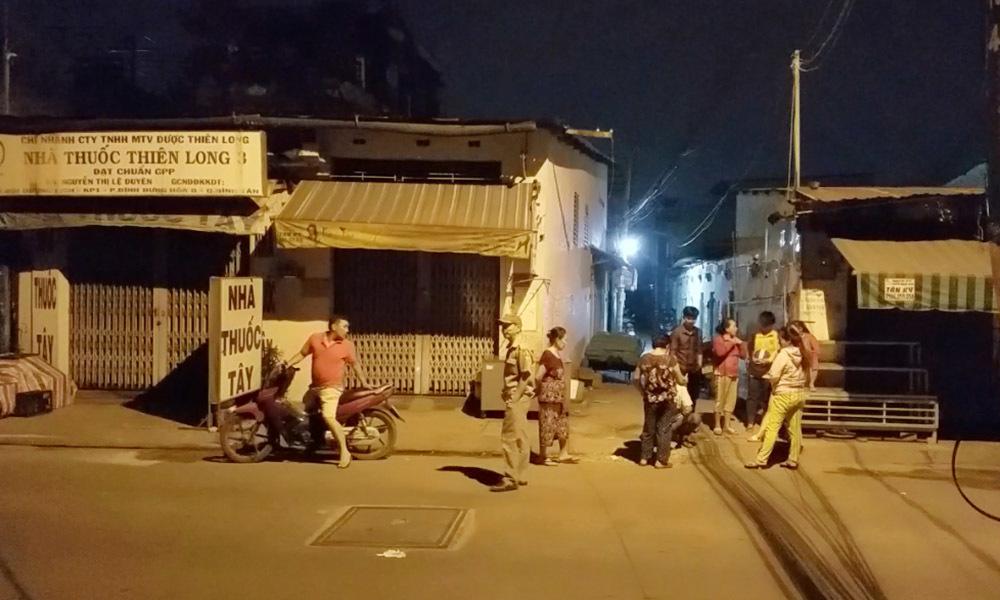 Người đàn ông khóa trái phòng trọ rồi tự thiêu ở Sài Gòn