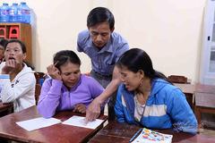 Lớp học xoá mù khác lạ ở rẻo cao