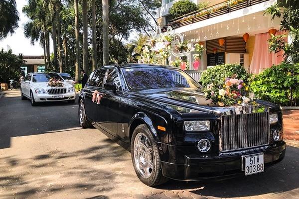 Dàn xe siêu sang vang bóng một thời xuất hiện tại lễ cưới ở TP.HCM