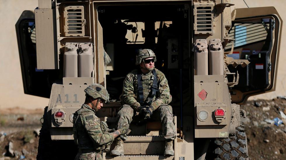 Iraq muốn 'đuổi' lính Mỹ, nói dễ hơn làm