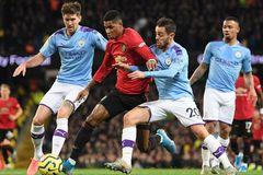 Guardiola tung chiêu khiêu khích MU trước đại chiến