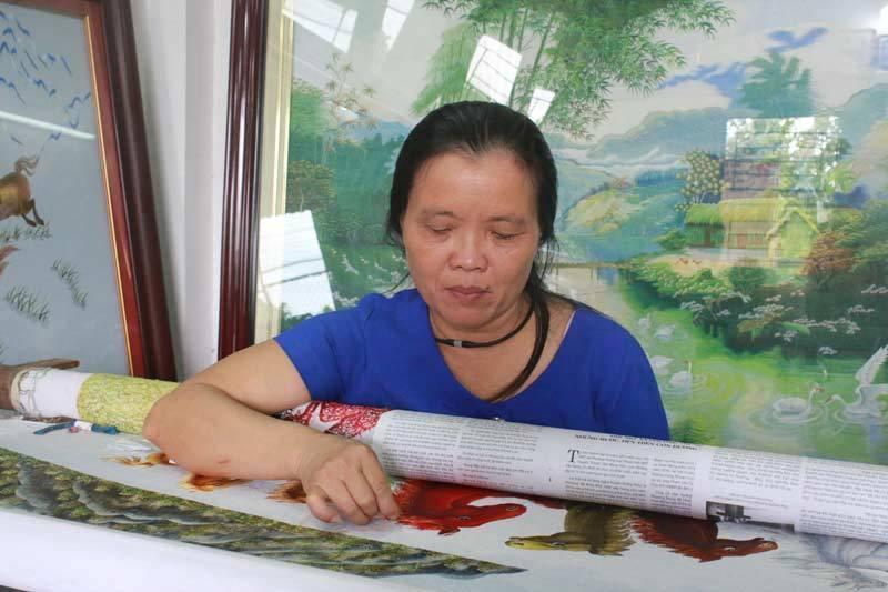 Nghệ nhân làng Quất Động dạy nghề để giúp bà con giảm nghèo và bảo tồn nghề cổ