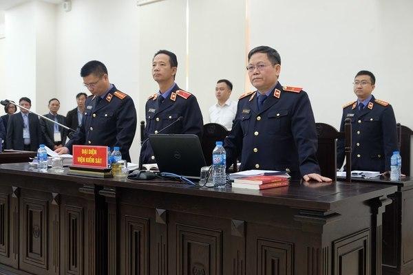 Vũ 'nhôm' và cựu Chủ tịch Đà Nẵng bị đề nghị 25-27 năm tù